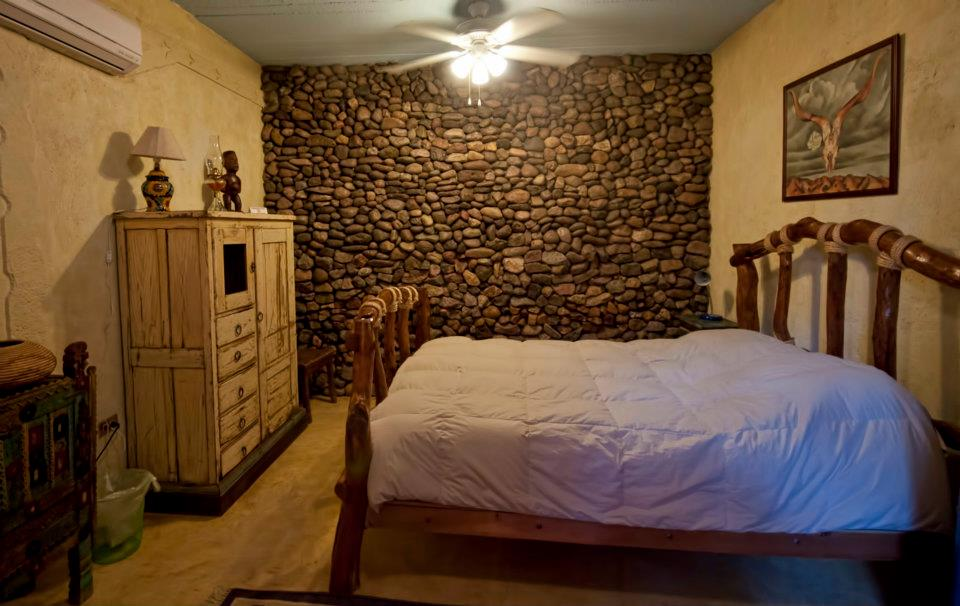 Single Queen room at La Posada del Rio Sonora